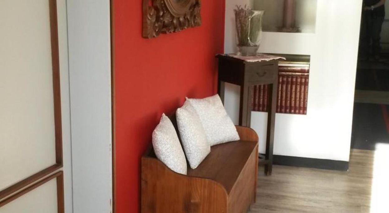 Cool single bedroom with private bathroom, close to Johns Hopkins University - SAIS Bologna Center