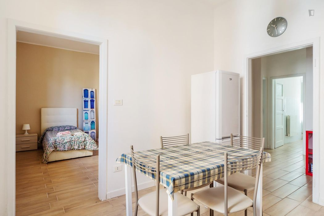 Double bedroom near Rimesse train station