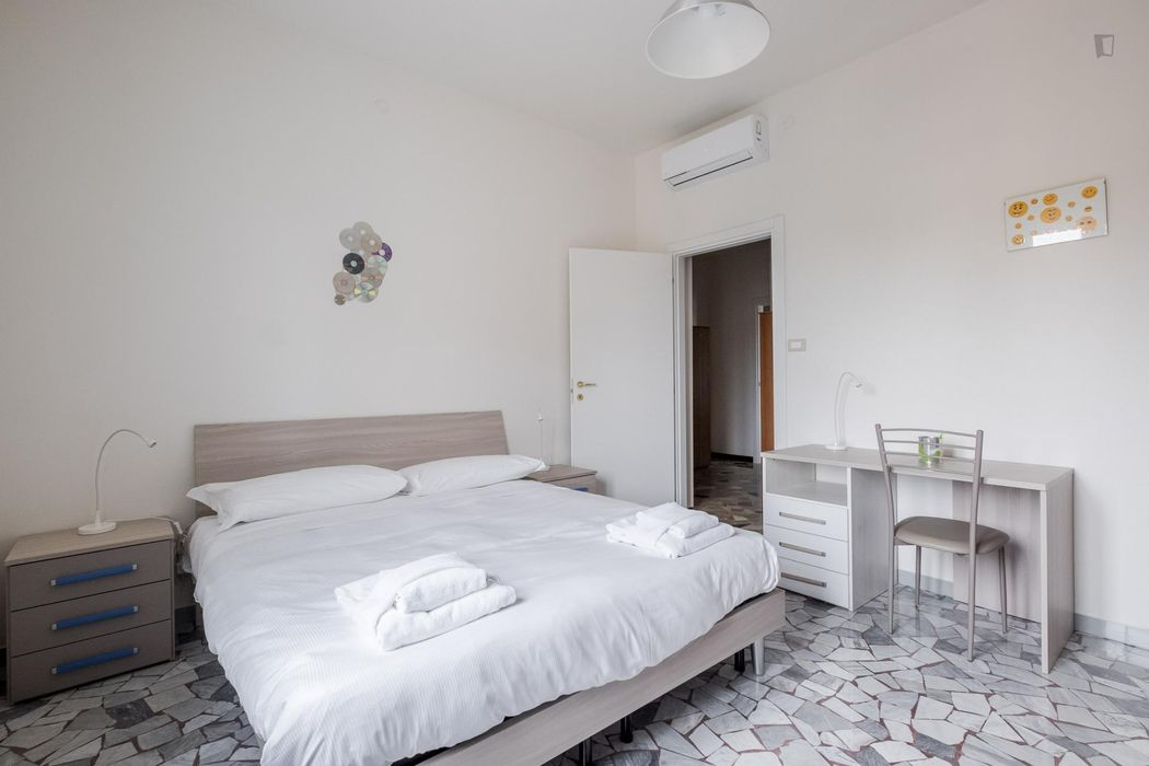 Amazing 2-bedroom apartment in Bolognina area