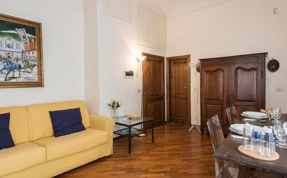 Admirable 1-bedroom apartment in Piazza della Signoria