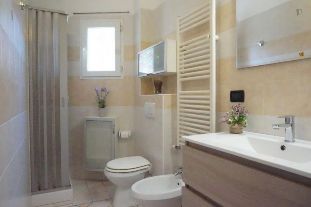 Spacious 1-bedroom apartment close to Policlinico Sant'Orsola-Malpighi