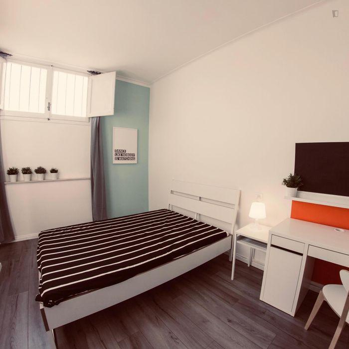 Nice double bedroom nearby Università degli Studi di Firenze
