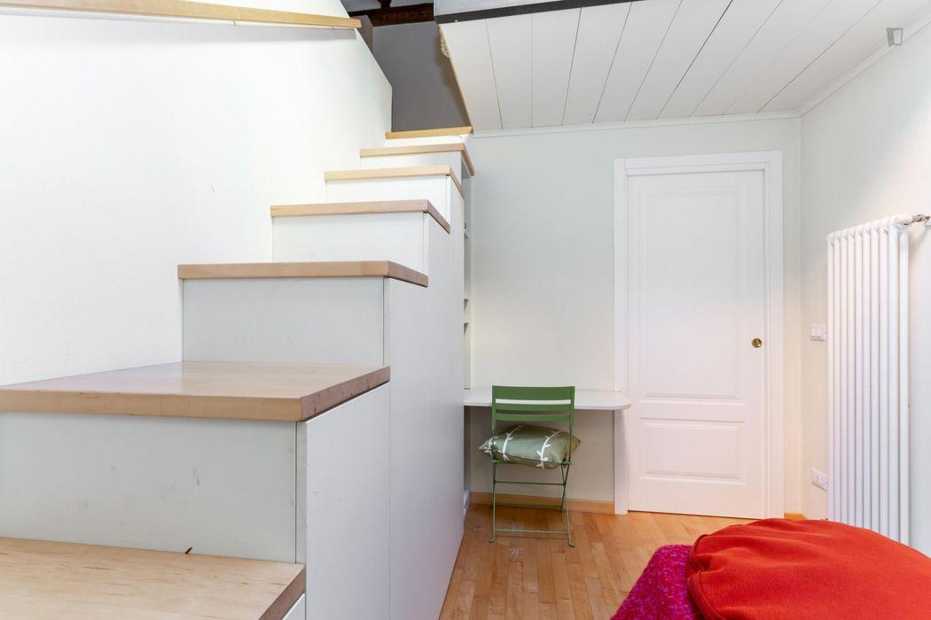 """Stylish 2-bedroom apartment near Università di Bologna - Dipartimento di Fisica e Astronomia """"Augusto Righi"""""""