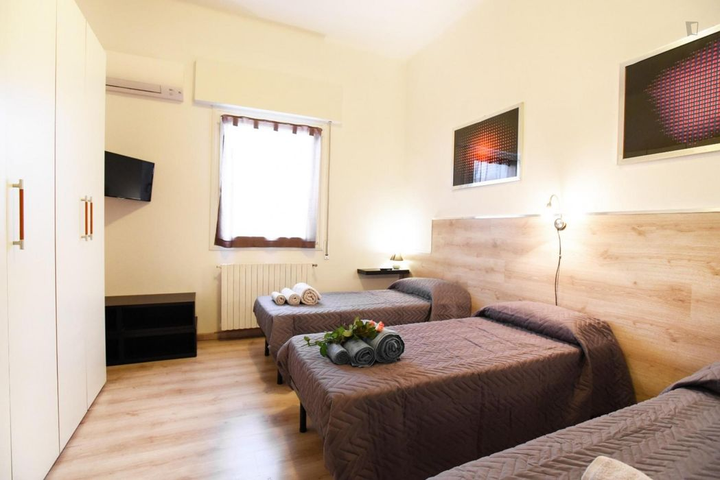 Amazing double room close to Bologna Central Station
