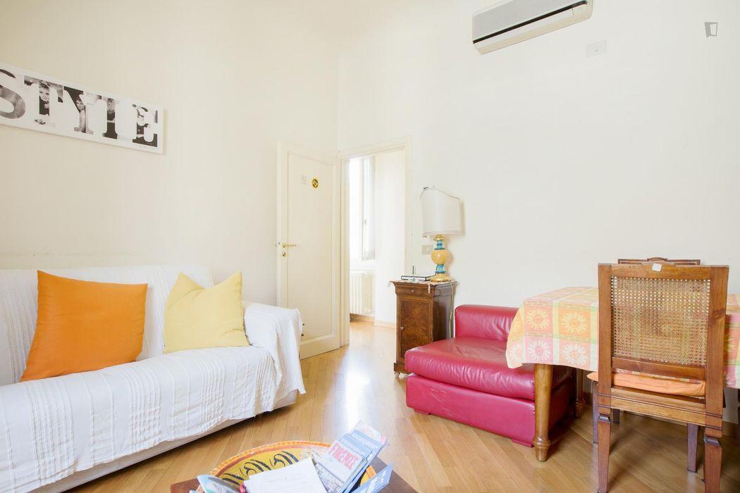 Single Bedroom close to Piazza Libertà