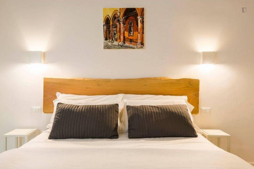 Nice 2-bedroom apartment near Porta Mascarella