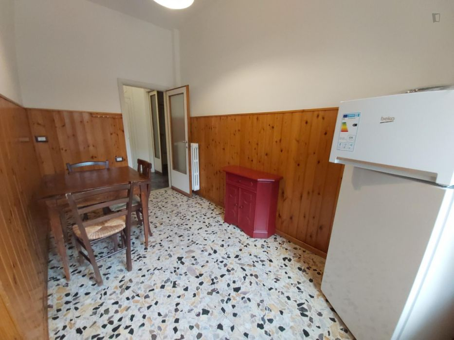 Comfy single bedroom near the Statuto train station