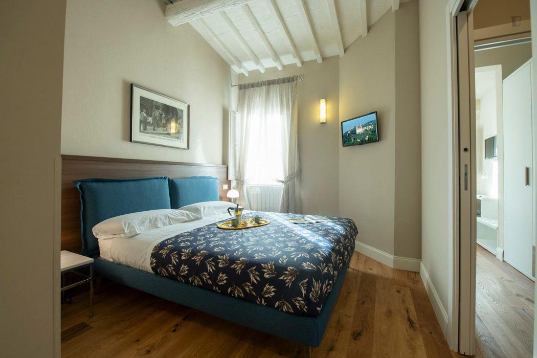 Beautiful 3-bedroom apartment near Museo dell'Opera di Santa Maria del Fiore