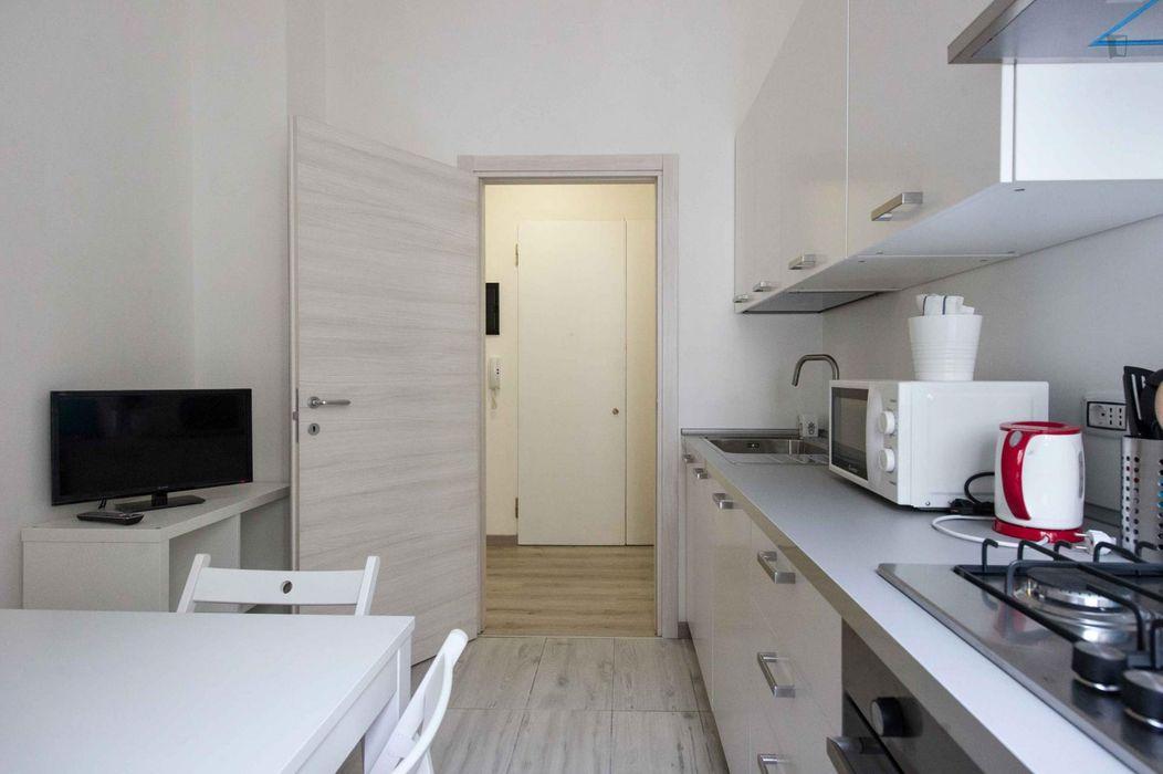 Luminous double bedroom in Centro