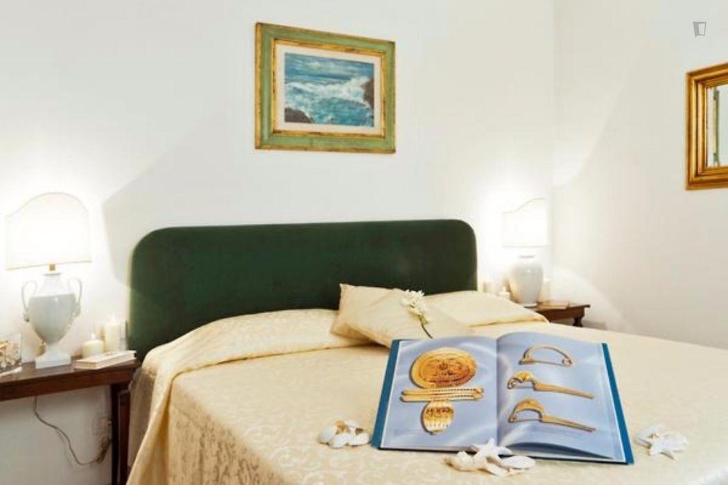 Magnificent 1-bedroom apartment close to Basilica of Santa Croce