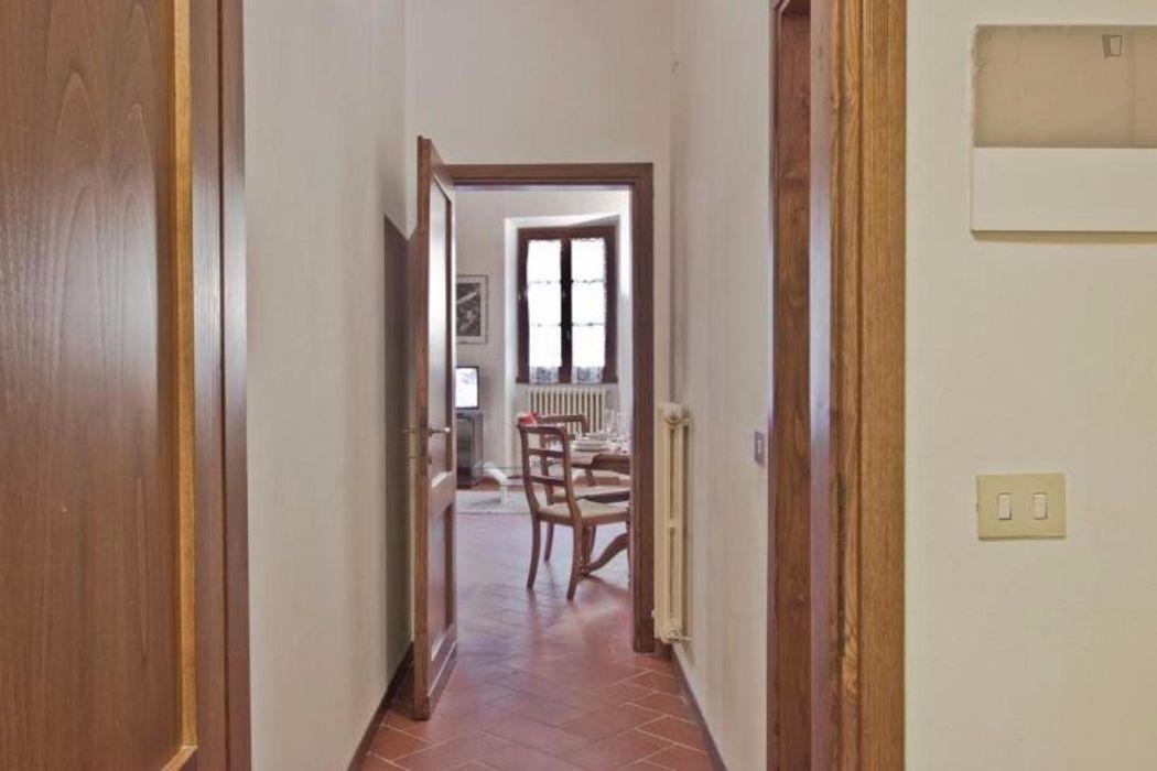 Cosy 2-bedroom apartment near Santa Maria Novella