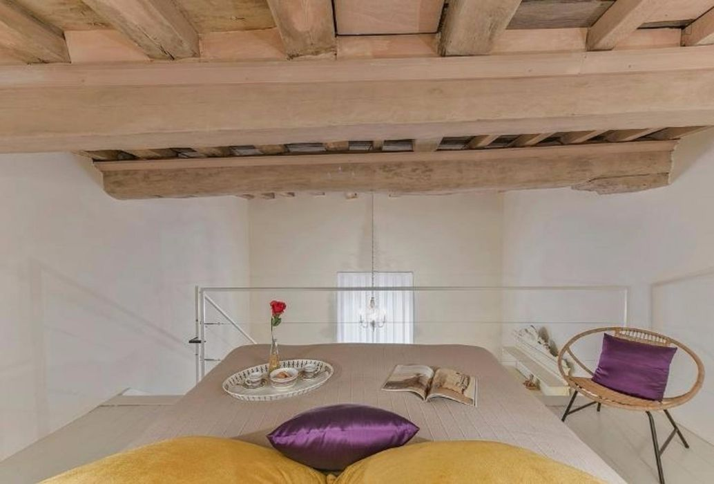 Elegant and spacious studio near Art Academy Leonardo Da Vinci