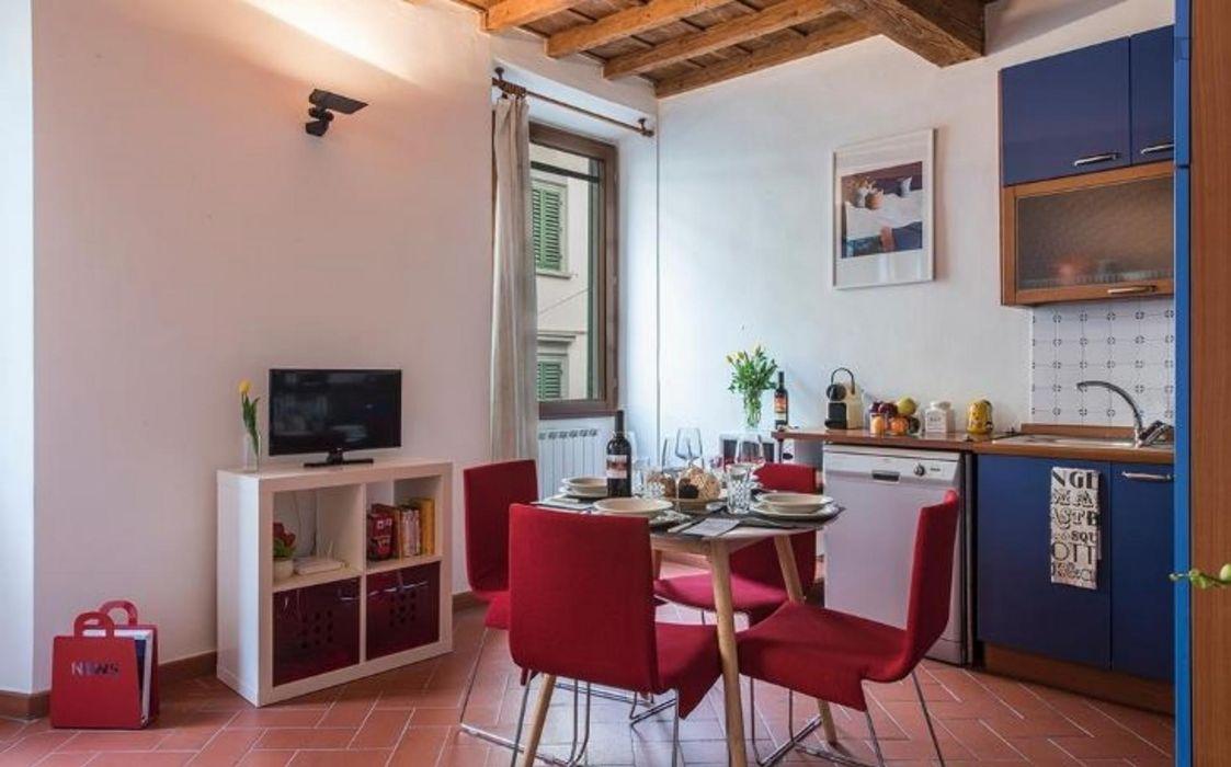 Cosy 2-bedroom apartment in Santa Croce