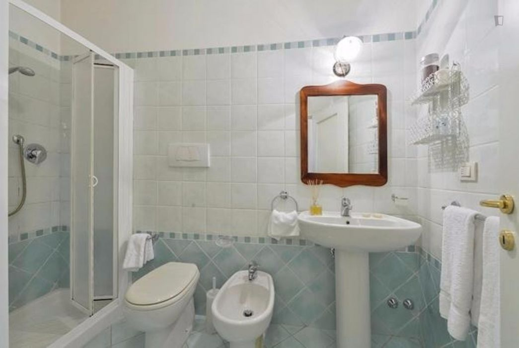 Welcoming 2 Bedroom Apartment in Florence