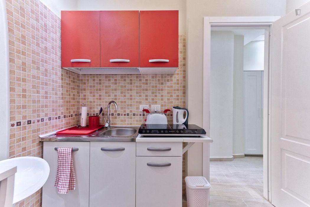 2-Bedroom apartment near Bioparco di Roma