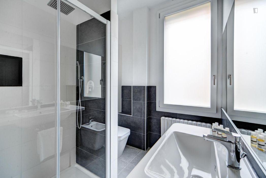 Bright 1-bedroom flat close to Bologna city centre