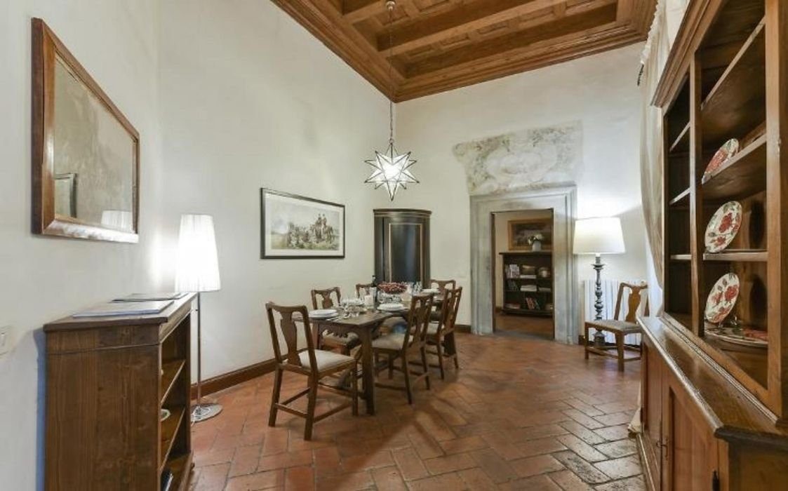 Amazing three bedrooms flat in Oltrarno district