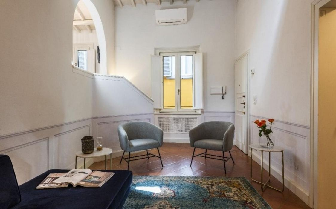 Stunning 2-bedroom apartment in Florence city cenre