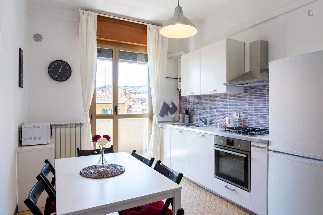 Beautiful double bedroom with balcony in Bologna