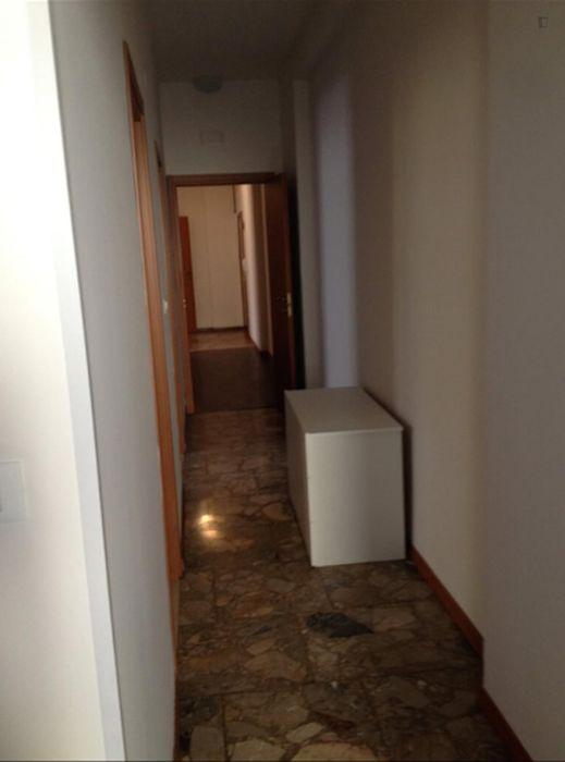 Comfy single bedroom n proximity to Parco del Dopolavoro Ferroviario