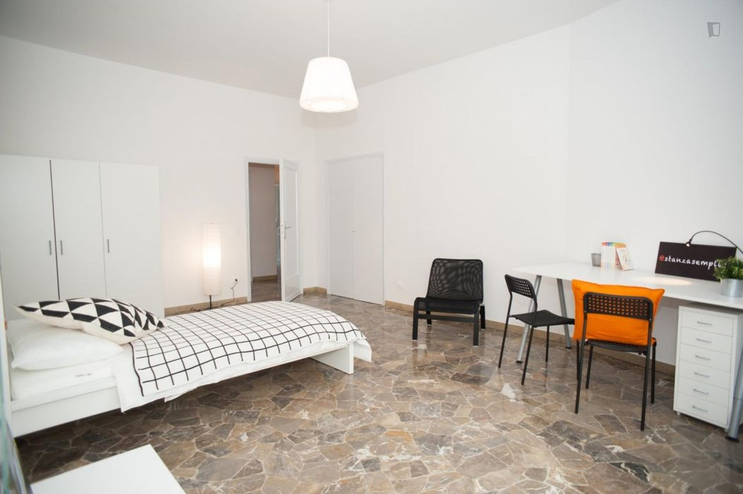 Nice single bedroom close to Florence city centre