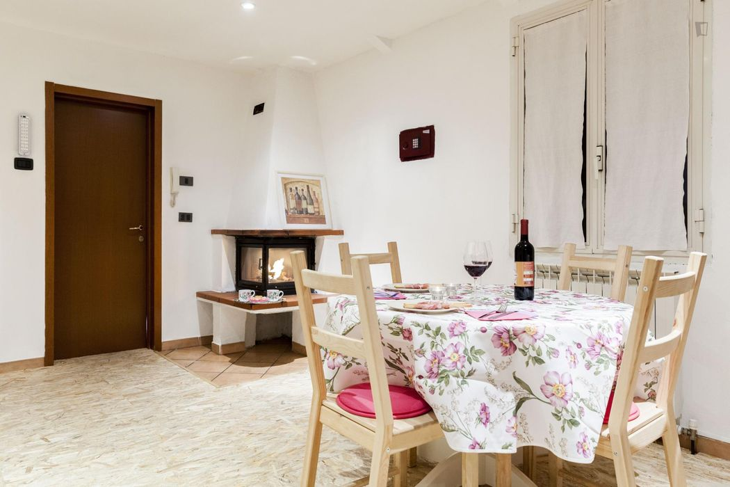 Fantastic 1-bedroom apartment, part of a hostel located in Pescarola