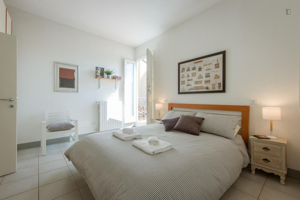 Bright 1-bedroom apartment with terrace in Florence city centre