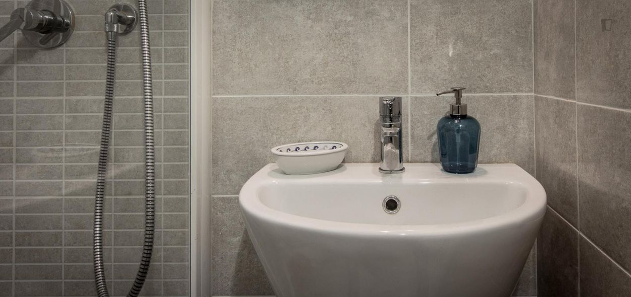 Posh and welcoming 4-bedroom flat near Giardino Della Gherardesca