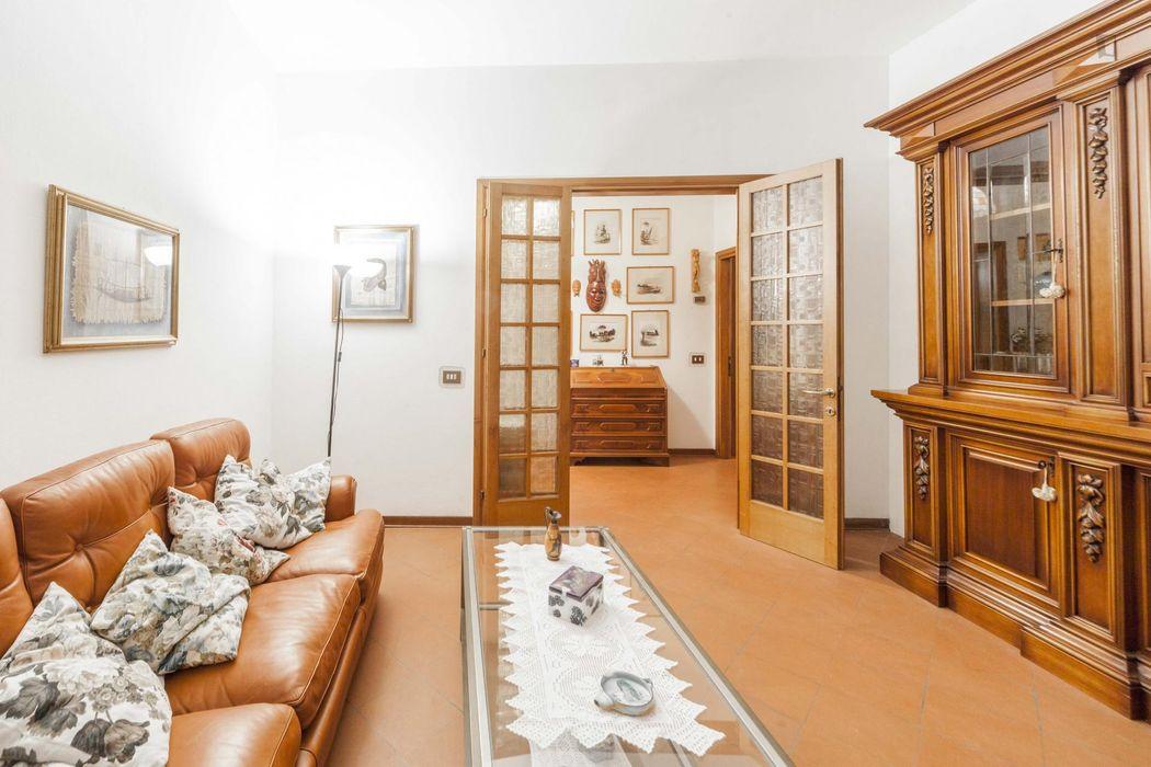 Nice 3-bedroom apartment in the Europa neighbourhood