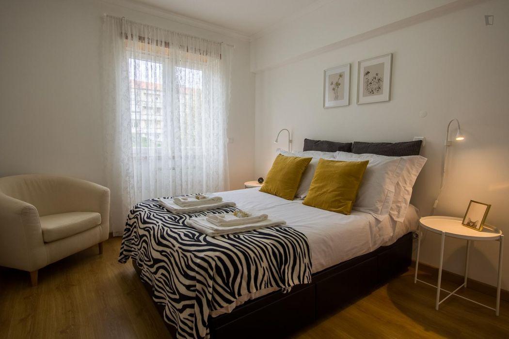 Cozy 3-bedroom apartment near Areeiro metro station