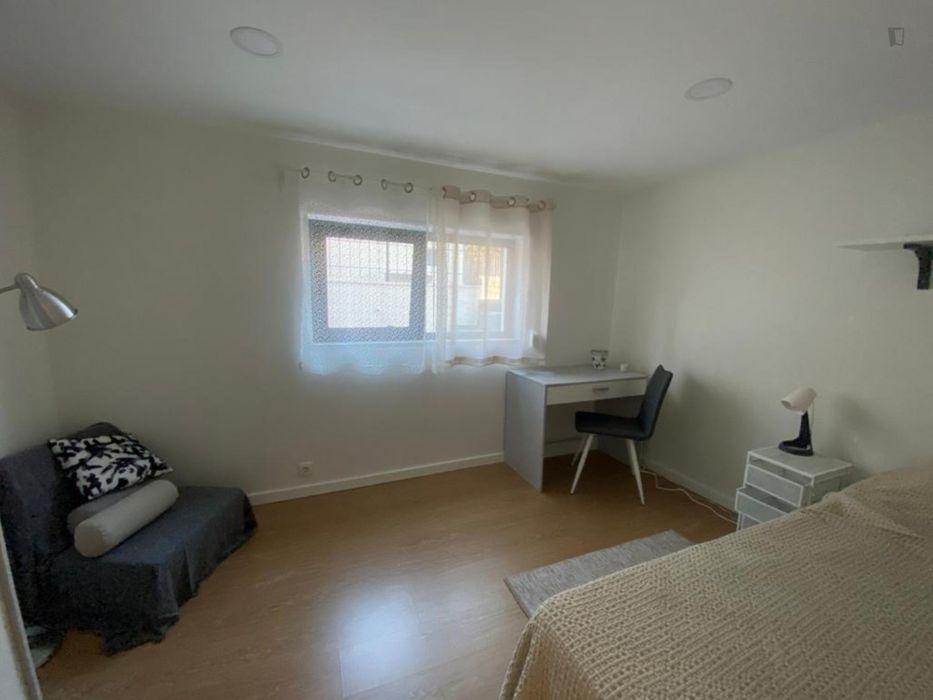 Single bedroom in Parede