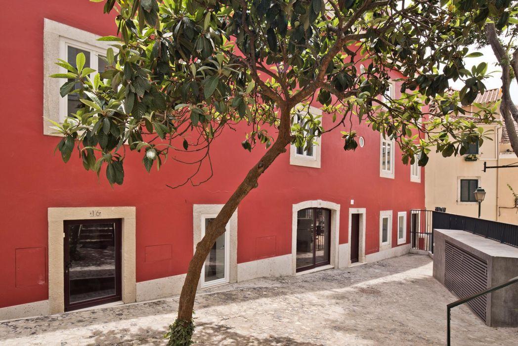 1-bedroom Penthouse apartment in Martim Moniz