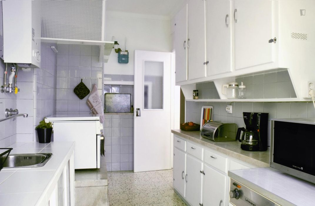 Double bedroom, with a private bathroom, in Belém