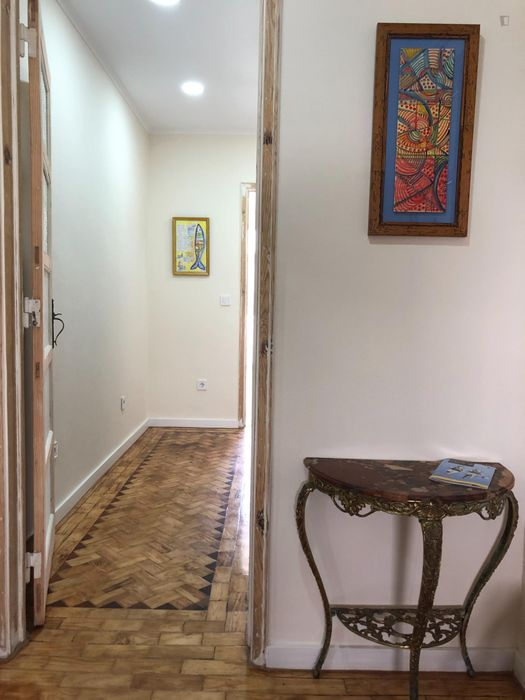 2-Bedroom apartment near Parque Eduardo VII