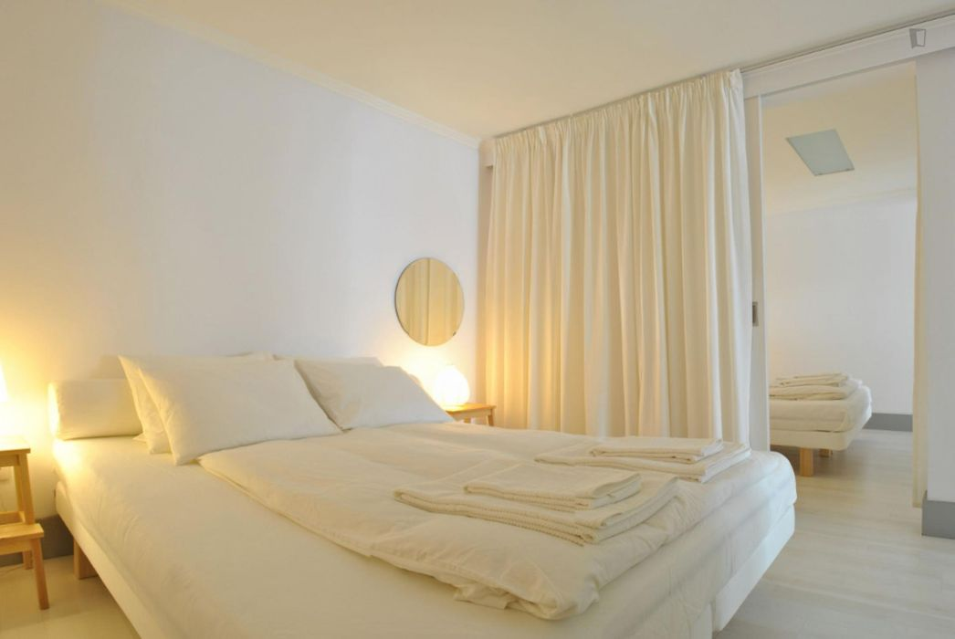 Chiado Open Space 2-Bedroom near largo Carmo