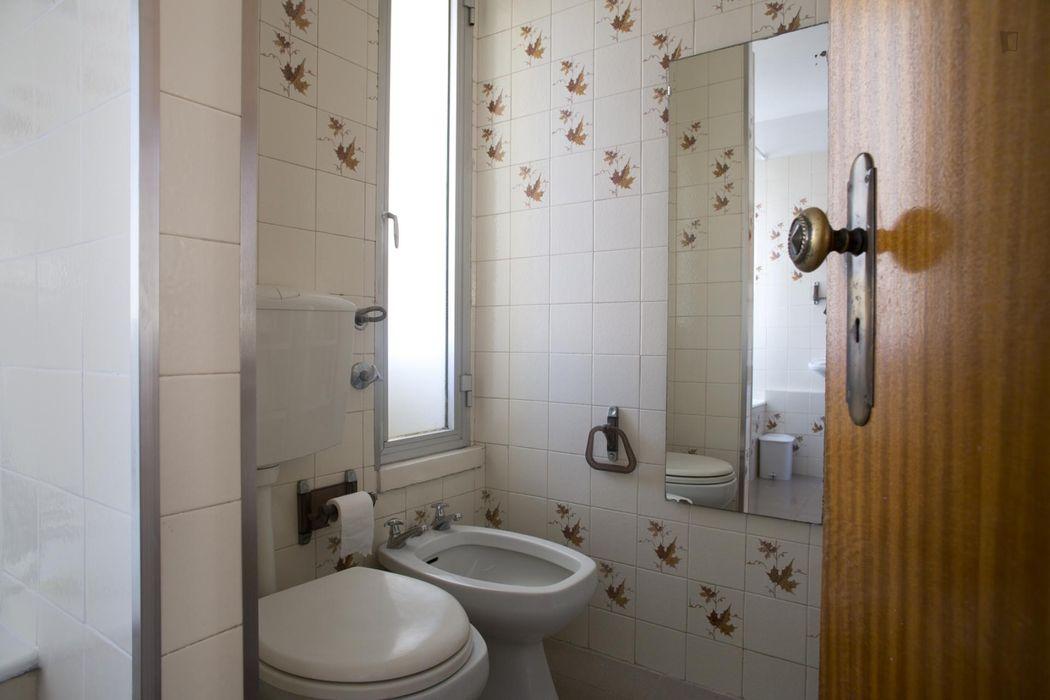 Charming single bedroomnear Quinta das Conchas metro station