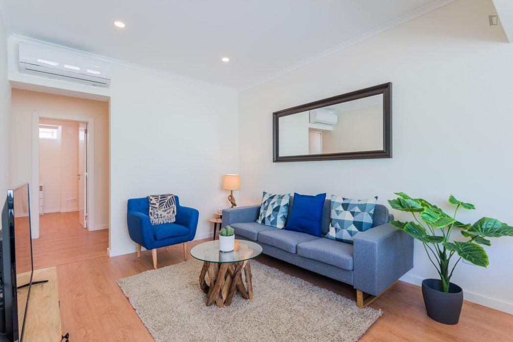 3-Bedroom Santa Isabel Quiet and Charming Apartment