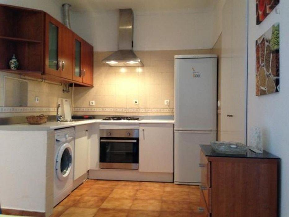 2-Bedroom apartment close to Nova Business school