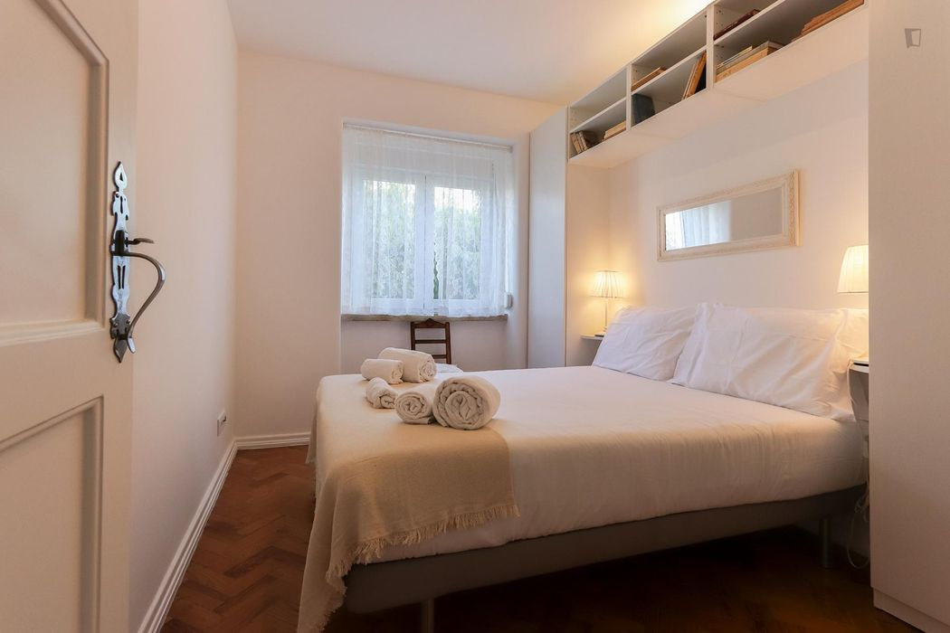 Amusing 2-bedroom apartment close to Alcantara-Terra train station