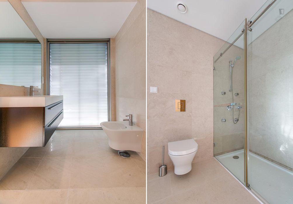Appealing twin bedroom in Sete Rios
