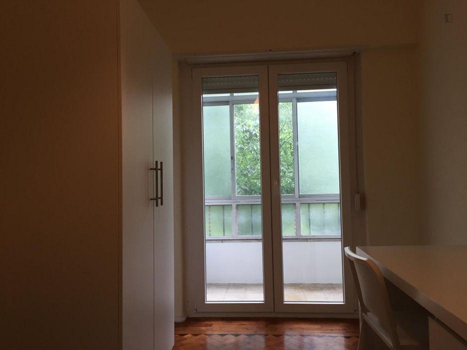 Bright single bedroom close to IPL- Instituto Politécnico de Lisboa