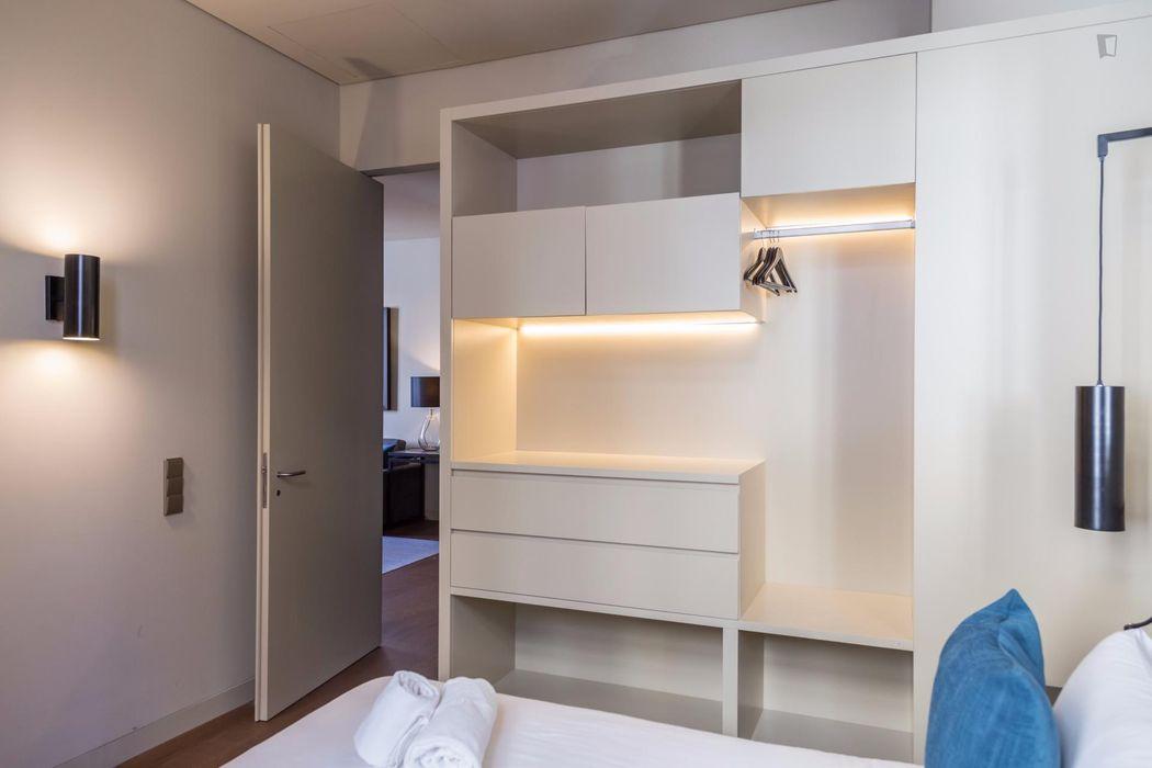 Neat 2-bedroom apartment next to Bairro Alto