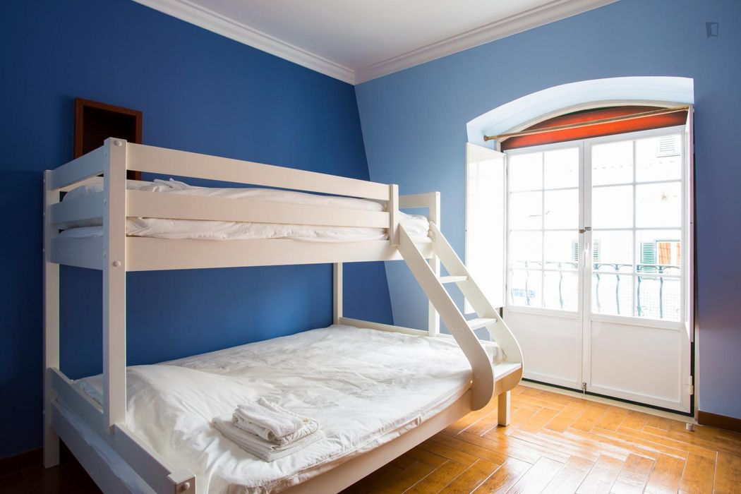 Fully equipped cozy apartment in charming Belém, Lisbon with Balcony and Air Co