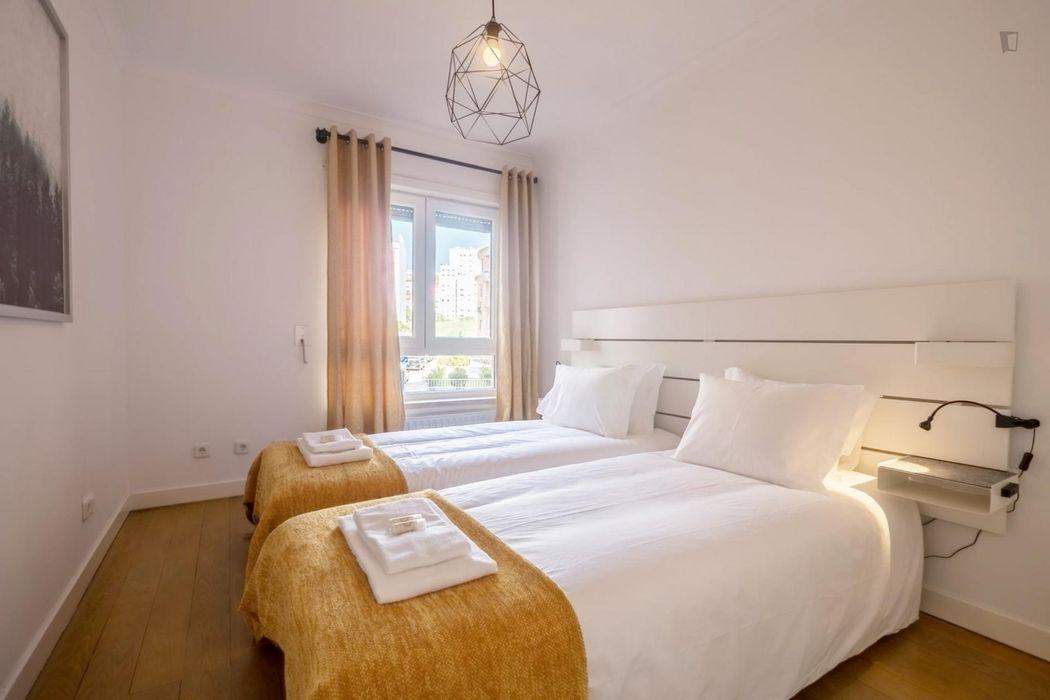 Alluring 3-bedroom apartment near Laranjeiras metro station