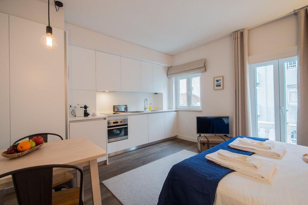 Charming 1-bedroom apartment near Rato metro station