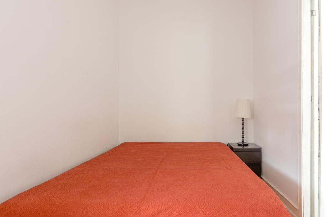 Perfect 1-bedroom flat in Avenida de Roma