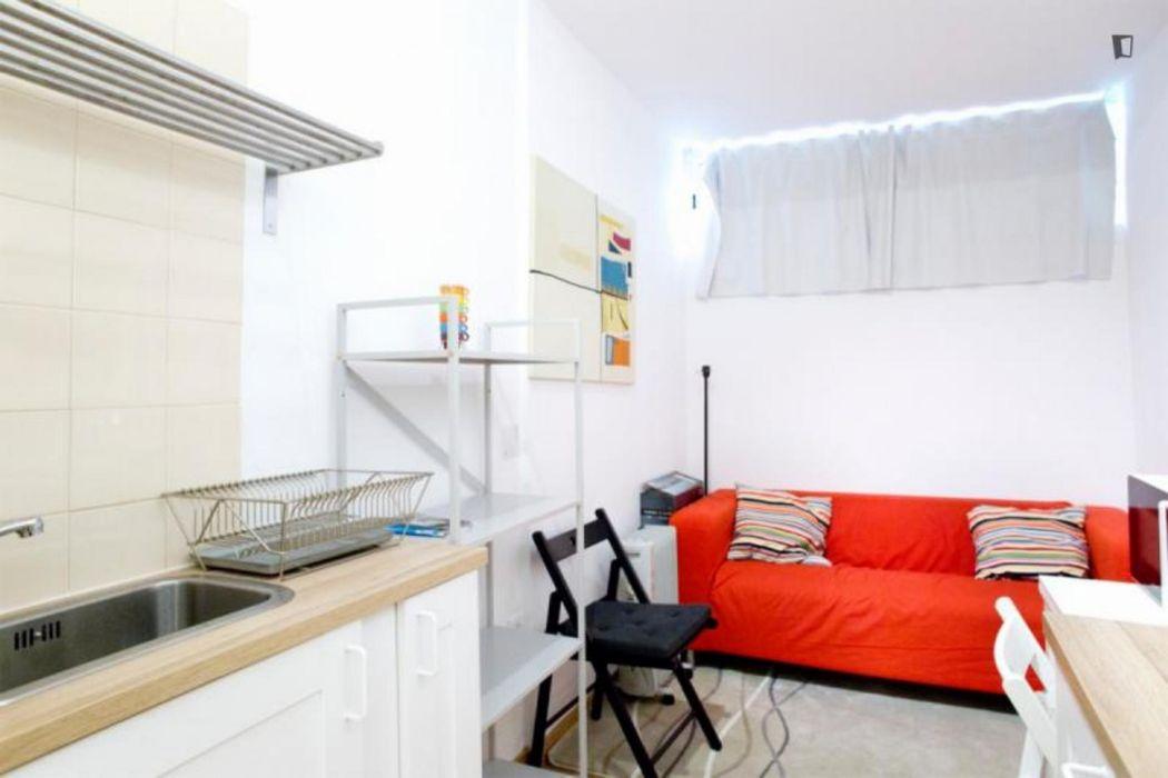 Restful 1-bedroom apartment in Roma-Areeiro