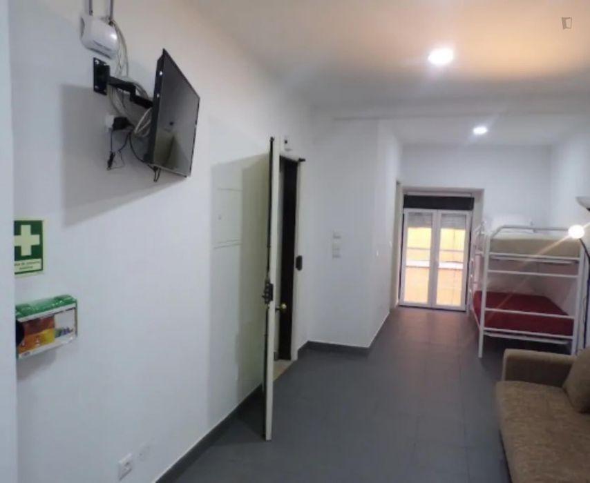 Luminous apartment in up-and-coming Martim Moniz