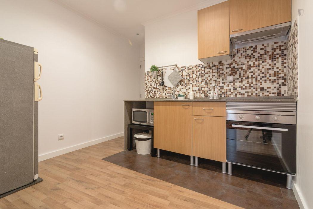 Cool 1-bedroom apartment close to Martim Moniz metro station