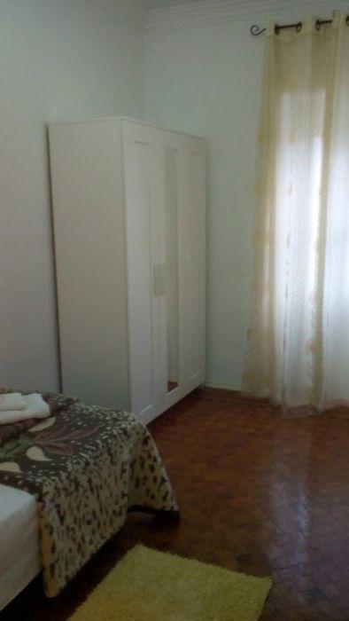 Cosy single bedroom in Benfica
